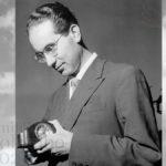Emilio Colombo in un momento di pausa nel suo ufficio, Roma, 1955